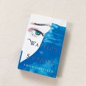 3/$25 Hardcover Waiting to Surface Emily Listfield